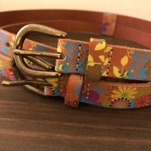 Linea Pelle floral double belt